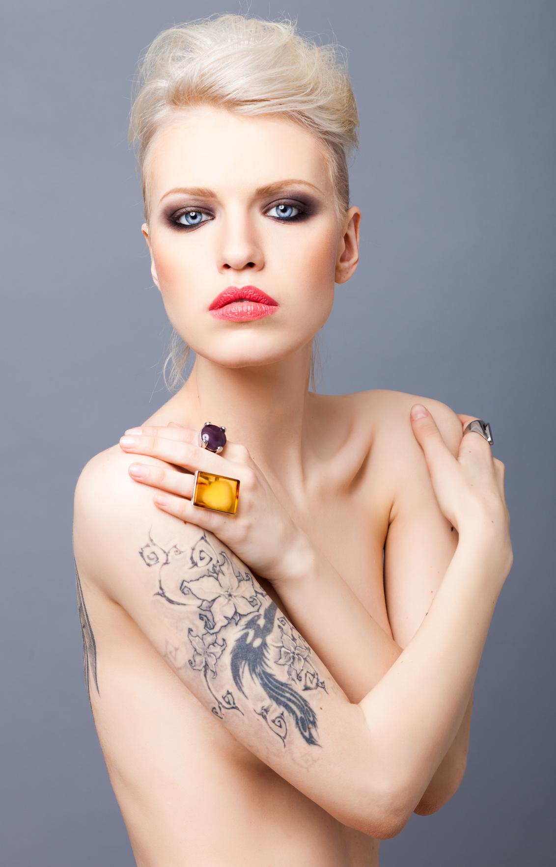 Women Get Tattoo Removed Houston